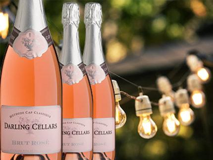 Vilken Darling! Sommaren går i de rosa bubblornas tecken.